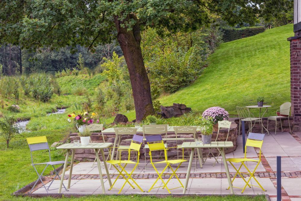Terrasse und Aussenbereich Eventlocation Haus in Bewegung in Seelscheid| Haus in Bewegung