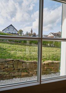 Naturnaher, freier Fensterblick der Fereinwohnung in Seelscheid| Haus in Bewegung