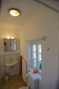 Badezimmer Gästehaus  Haus in Bewegung