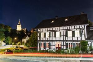 Haus in Bewegung in Neunkirchen-Seelscheid  Haus in Bewegung