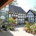Innenhof Haus in Bewegung Seelscheid| Haus in Bewegung