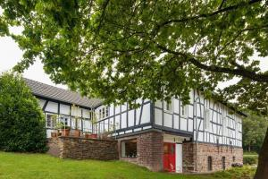 Haus in Bewegung Seelscheid am Wenigerbach| Haus in Bewegung