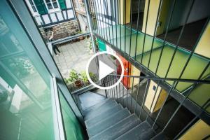 video  Haus in Bewegung