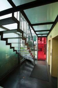 Flur zum Saal im HiB| Haus in Bewegung