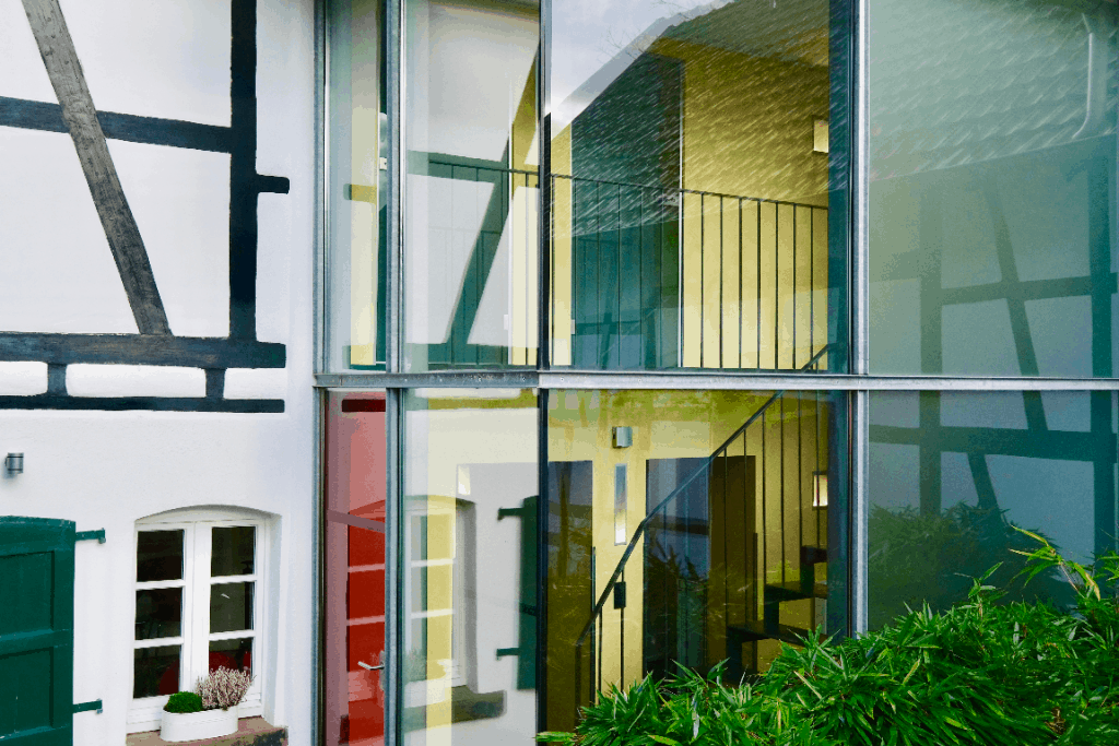 Eingang Seminarhaus Haus in Bewegung in Seelscheid  Haus in Bewegung