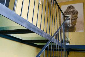 Treppenhaus zu den Nebenräumen im Seminarhaus Haus in Bewegung| Haus in Bewegung