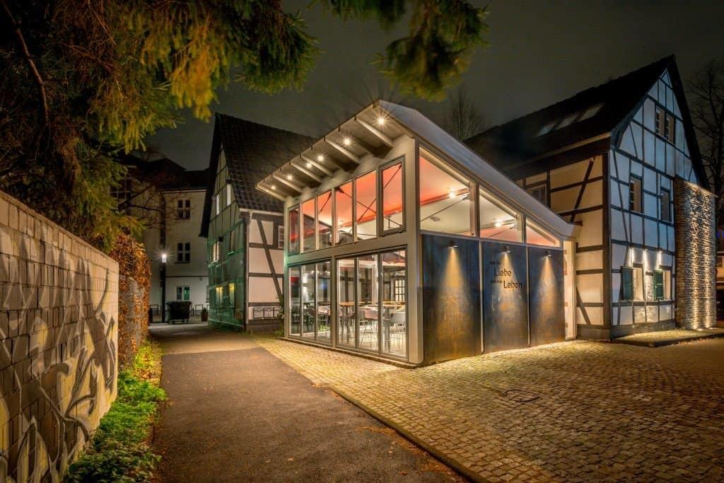 Wintergarten der Buchmühle in Bergisch Gladbach  Haus in Bewegung